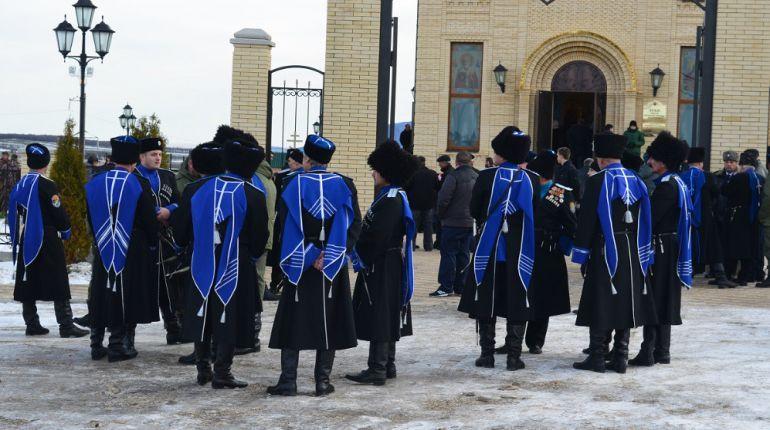Мэр Ставрополя не стал снижать расходы бюджета на казаков-дружинников